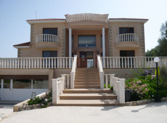 Luxury 5 Bedroom Villa – Sea Caves – 115