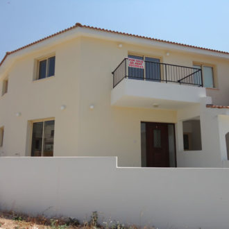 3 Bed Townhouse – Peyia – 284