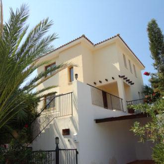 3 Bed Villa – Peyia – 300