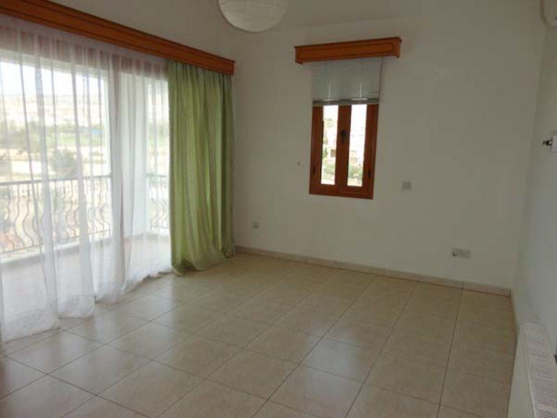 6 Bed Villa – Peyia – 361