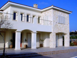 4 Bed Villa – Sea Caves – 405